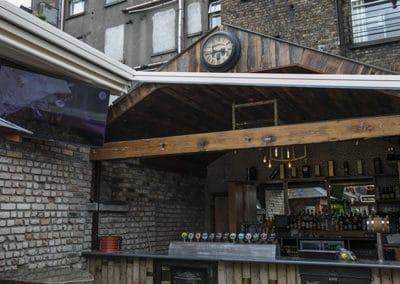 O'Shea's Beer Garden05